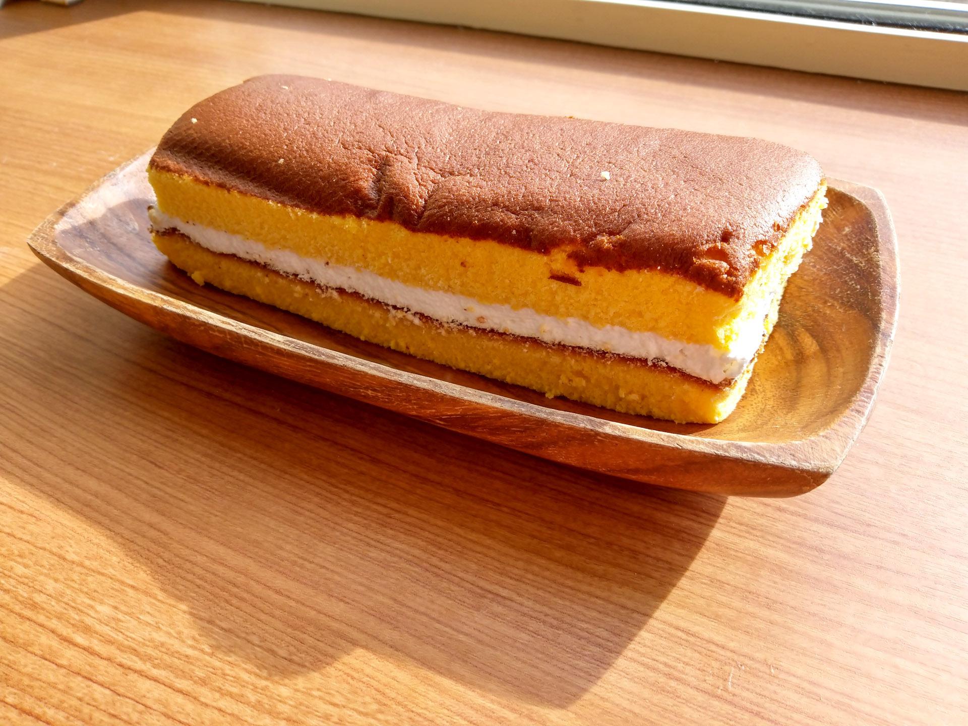 ローソン「ふかふかもっちのカステラケーキ」