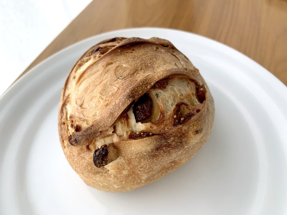 メゾンカイザーのイチジクのパン