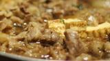 ほっともっとのすき焼き弁当はお肉も野菜もたっぷりと評判!人気の秘密は?