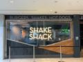 シェイクシャックの大阪店舗をご紹介!行き方や待ち時間・予約はできる?