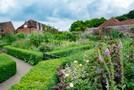 フランス式庭園が楽しめる県立相模原公園をご紹介!子どもの水遊びや植物園も