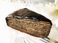 見目麗しい、気品あるケーキ【セブン】7プレミアム 生チョコミルクレープ