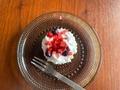 【実食】クリームがすご盛り♡ミニストップ「すご盛りバスクチーズケーキベリー」