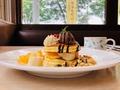 実食!無料で食べられるデニーズの「バースデーデザート」が豪華すぎる!