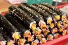 韓国風海苔巻【キンパ】を家で簡単に作れるレシピを伝授!本場の味と具材を再現