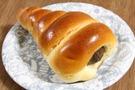 日本生まれの菓子パン【チョココロネ】とは?人気商品や簡単レシピも紹介